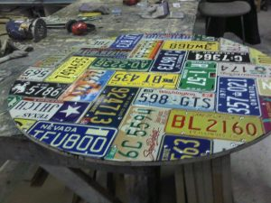 License Plate table round